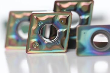 PVD Verschleißschutz beschichtete Wendeschneidplatten. metal cutting.
