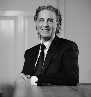 Dr. Georg Erkens, Experte der Beschichtungstechnik und PVD & DLC Consultant bei Planet PVD.